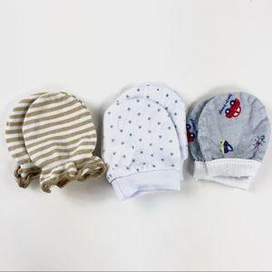 3 pairs of baby mittens